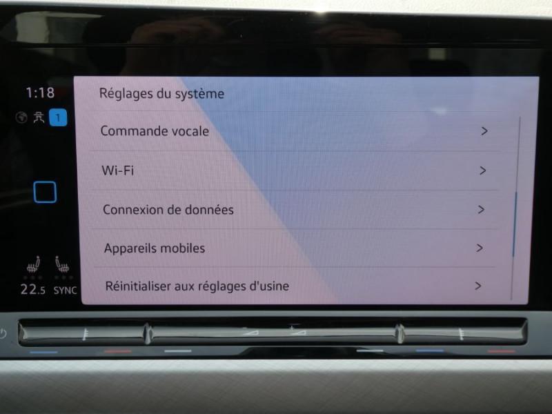 Photo 18 de l'offre de VOLKSWAGEN GOLF VIII 1.5 TSI 130 BV6 LIFE GPS Tél. Induction à 24350€ chez Mérignac auto