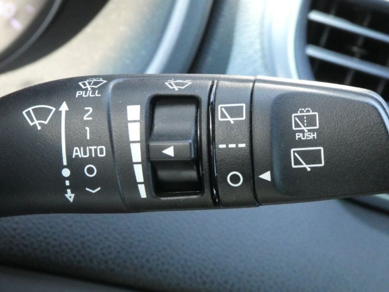 Photo 18 de l'offre de KIA SPORTAGE IV 1.7 CRDI 115 BV6 ACTIVE GPS Camera JA19 à 17450€ chez Mérignac auto