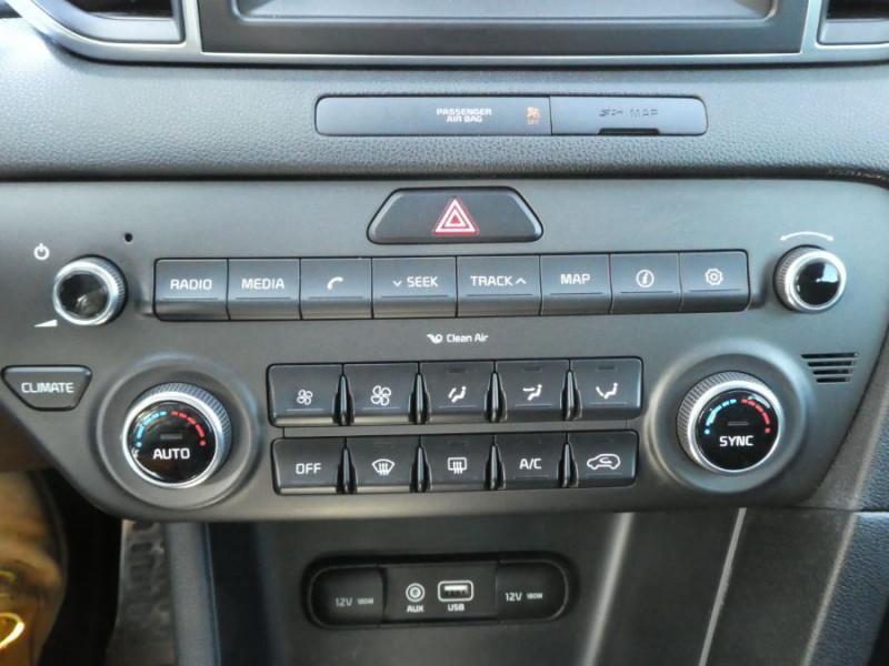Photo 19 de l'offre de KIA SPORTAGE IV 1.7 CRDI 115 BV6 ACTIVE GPS Camera JA19 à 17450€ chez Mérignac auto