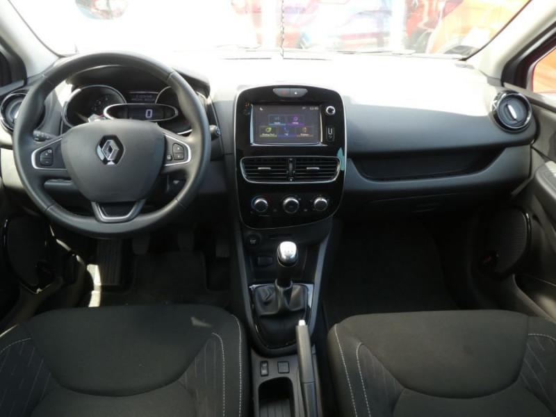 Photo 6 de l'offre de RENAULT CLIO IV 1.5 DCi 90 LIMITED JA16 Bluetooth 1ère Main à 12750€ chez Mérignac auto