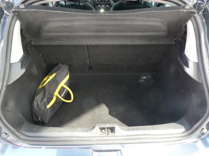 Photo 8 de l'offre de RENAULT CLIO IV 1.5 DCi 90 LIMITED JA16 Bluetooth 1ère Main à 12750€ chez Mérignac auto