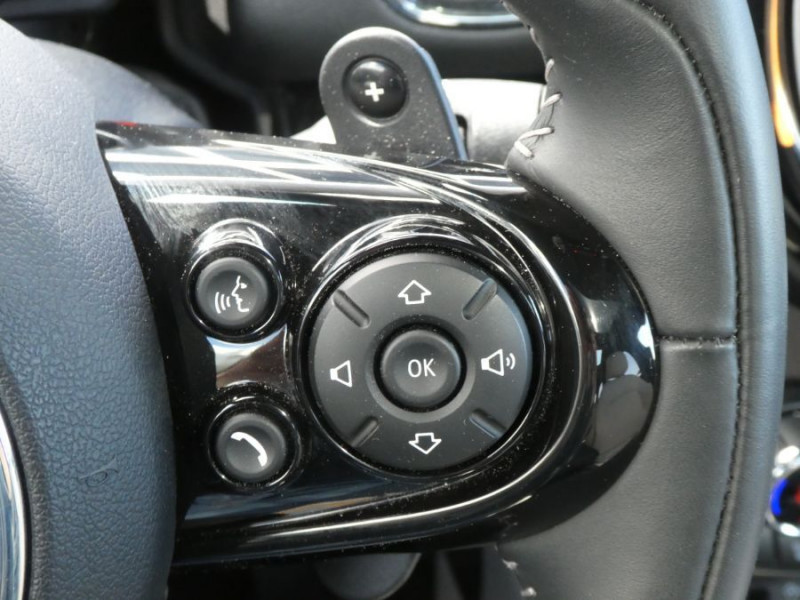Photo 19 de l'offre de MINI COUNTRYMAN (F60) COOPER S 192 BVA ALL4 EXQUISITE CUIR TOIT Pano JA19 Gtie 07/22 à 36450€ chez Mérignac auto