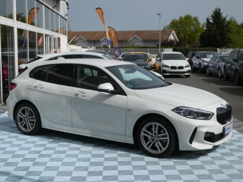 Photo 2 de l'offre de BMW SERIE 1 (F40) 118DA 150 BVA8 M SPORT GPS Privacy Glass Gtie 05/23 à 31990€ chez Mérignac auto