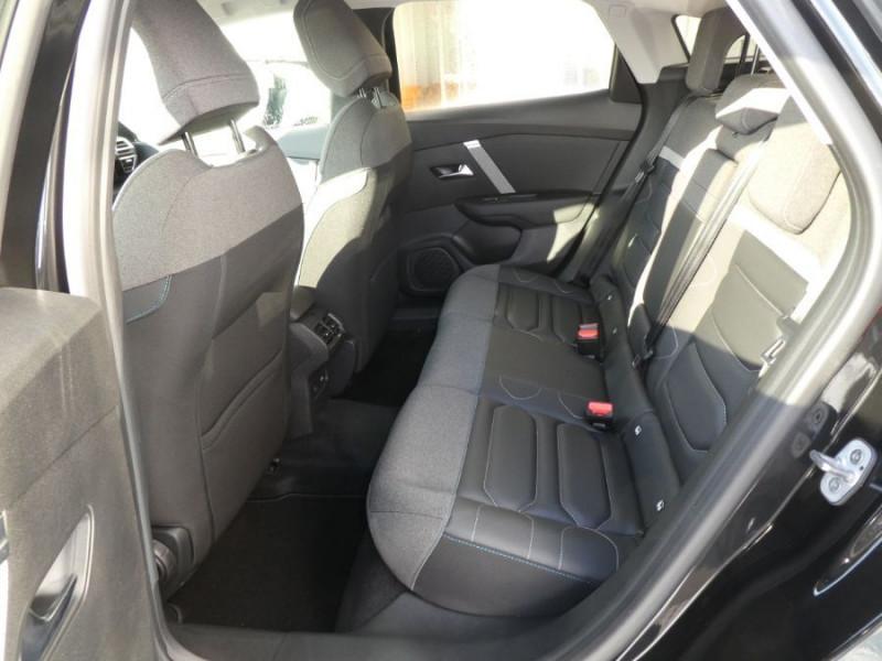 Photo 7 de l'offre de CITROEN C4 BlueHDi 130 EAT8 SHINE HIGHWAY Assist Induction TOIT Ouvrant à 27980€ chez Mérignac auto