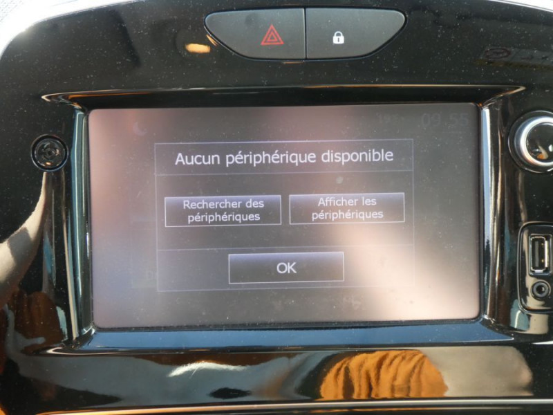 Photo 11 de l'offre de RENAULT CLIO IV 1.5 DCi 90 BUSINESS Bluetooth à 12850€ chez Mérignac auto