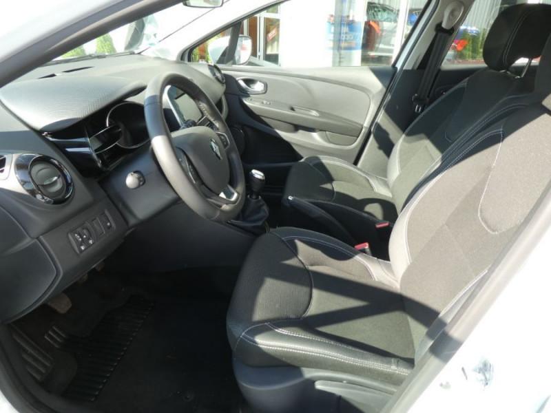 Photo 5 de l'offre de RENAULT CLIO IV 1.5 DCi 90 BUSINESS Bluetooth à 12850€ chez Mérignac auto