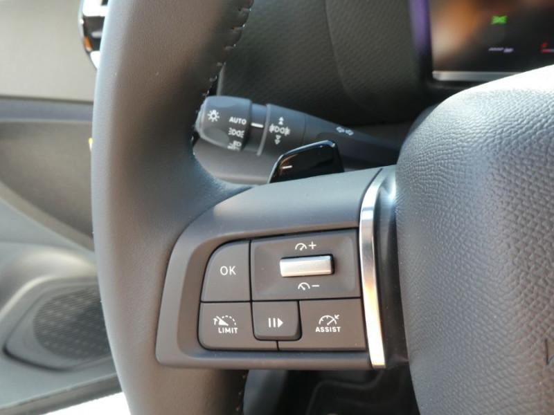 Photo 8 de l'offre de CITROEN C4 PureTech 130 BV6 FEEL PACK JA18 GPS Camera à 23750€ chez Mérignac auto