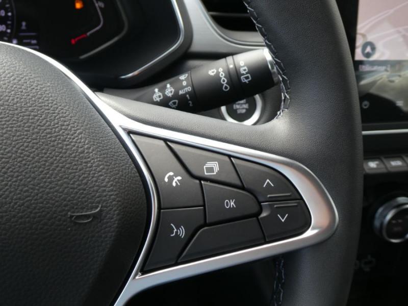 Photo 19 de l'offre de RENAULT CAPTUR II TCe 140 BV6 INTENS JA17 Camera Privacy Glass à 22480€ chez Mérignac auto