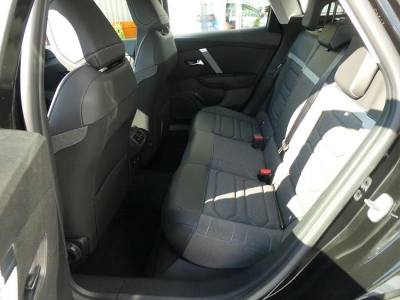 Photo 7 de l'offre de CITROEN C4 PureTech 130 EAT8 FEEL PACK JA18 GPS Camera à 24950€ chez Mérignac auto