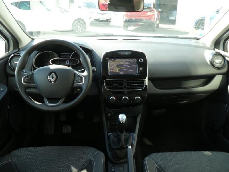 Photo 6 de l'offre de RENAULT CLIO IV 1.5 DCi 90 BUSINESS Bluetooth à 12850€ chez Mérignac auto