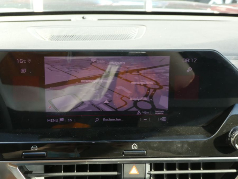 Photo 18 de l'offre de CITROEN C4 PureTech 130 EAT8 FEEL PACK JA18 GPS Camera à 24950€ chez Mérignac auto