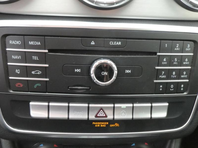 Photo 16 de l'offre de MERCEDES-BENZ CLA SHOOTING BRAKE (2) 200 D 7G-DCT AMG LINE GPS Camera JA18 Hayon él. à 27950€ chez Mérignac auto