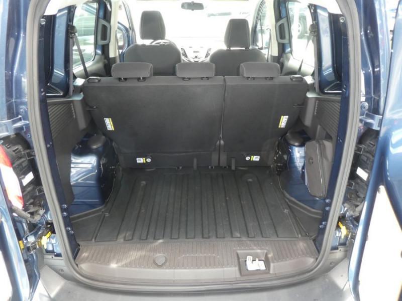 Photo 8 de l'offre de FORD TOURNEO COURIER 1.0 EcoBoost 100 BV6 TRANSIT CLIM à 12890€ chez Mérignac auto