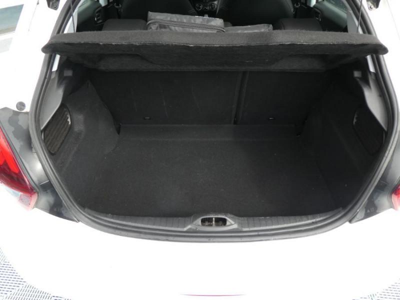 Photo 8 de l'offre de PEUGEOT 208 1.6 BlueHDi 75 ACTIVE Bluetooth JA16 à 12750€ chez Mérignac auto