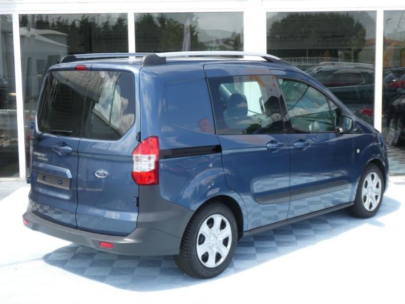Photo 3 de l'offre de FORD TOURNEO COURIER 1.0 EcoBoost 100 BV6 TRANSIT CLIM à 12890€ chez Mérignac auto