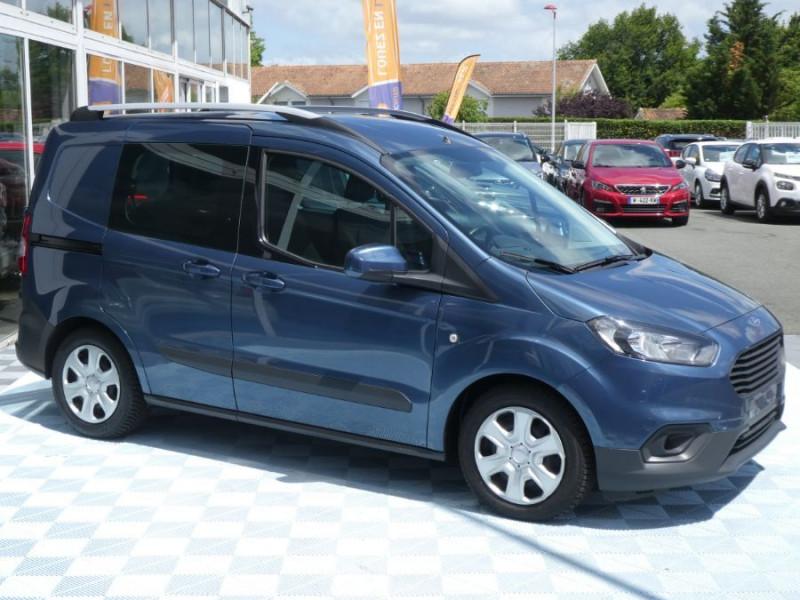 Photo 2 de l'offre de FORD TOURNEO COURIER 1.0 EcoBoost 100 BV6 TRANSIT CLIM à 12890€ chez Mérignac auto