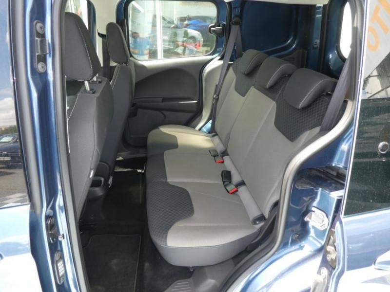 Photo 7 de l'offre de FORD TOURNEO COURIER 1.0 EcoBoost 100 BV6 TRANSIT CLIM à 12890€ chez Mérignac auto