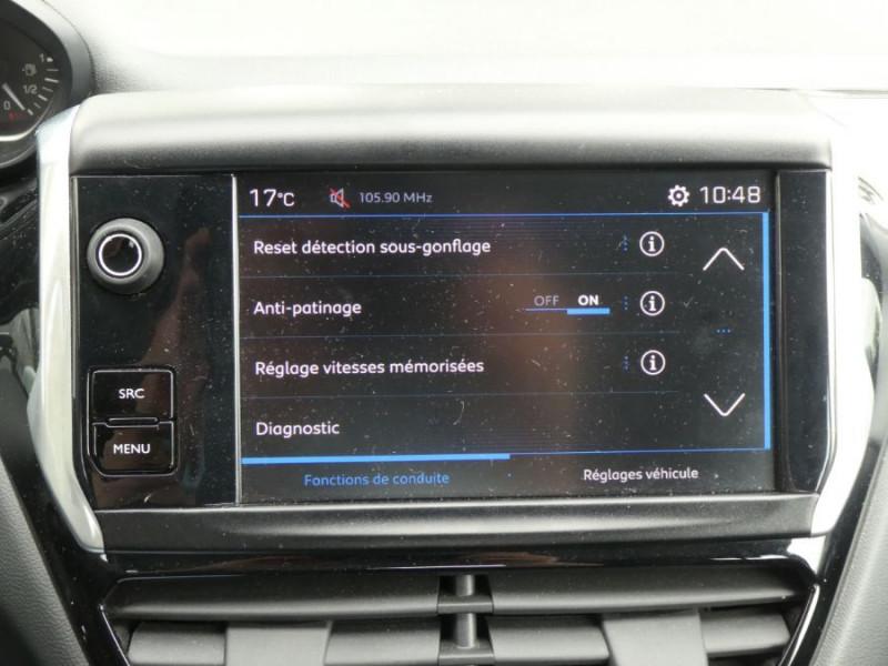 Photo 12 de l'offre de PEUGEOT 208 1.6 BlueHDi 75 ACTIVE Bluetooth JA16 à 12750€ chez Mérignac auto