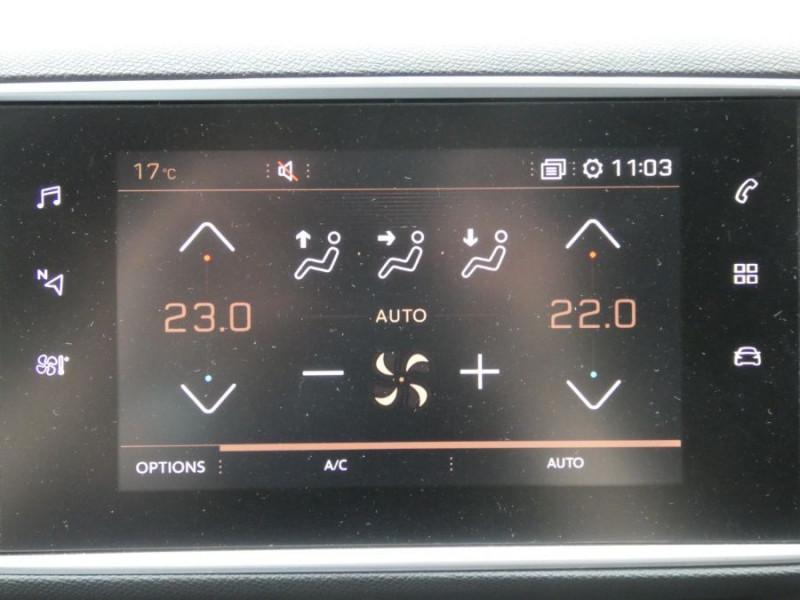 Photo 10 de l'offre de PEUGEOT 308 II (2) 1.2 PureTech 130 BV6 ALLURE JA17 à 18790€ chez Mérignac auto