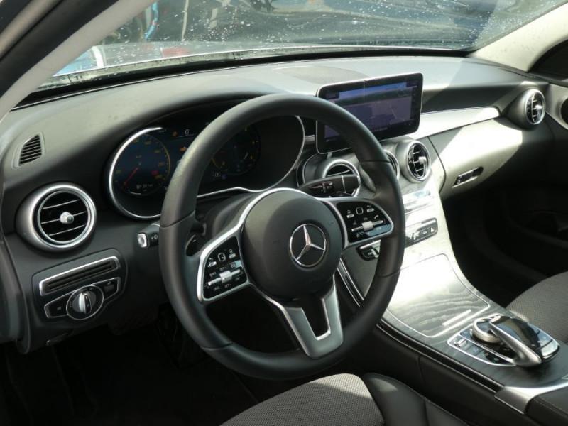Photo 9 de l'offre de MERCEDES-BENZ CLASSE C IV 200 D 160 9G-Tronic AMG LINE JA18 LED Camera à 32950€ chez Mérignac auto