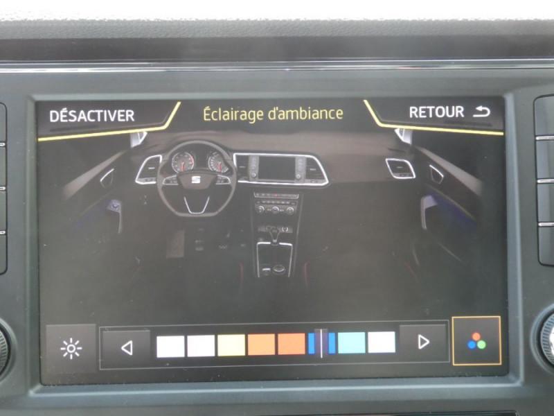 Photo 16 de l'offre de SEAT ATECA 2.0 TDI 150 BV6 4DRIVE XCELLENCE CUIR TOE JA19 à 26490€ chez Mérignac auto