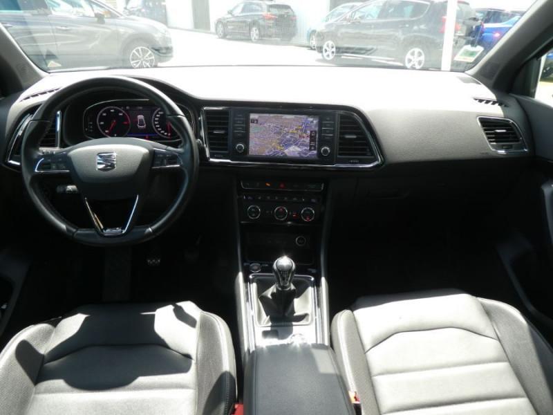 Photo 6 de l'offre de SEAT ATECA 2.0 TDI 150 BV6 4DRIVE XCELLENCE CUIR TOE JA19 à 26490€ chez Mérignac auto