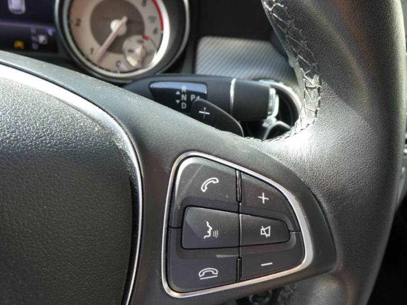 Photo 18 de l'offre de MERCEDES-BENZ GLA 200 CDI 7G-DCT 4MATIC GPS Caméra Bi-Xénon Hayon EL. à 24500€ chez Mérignac auto