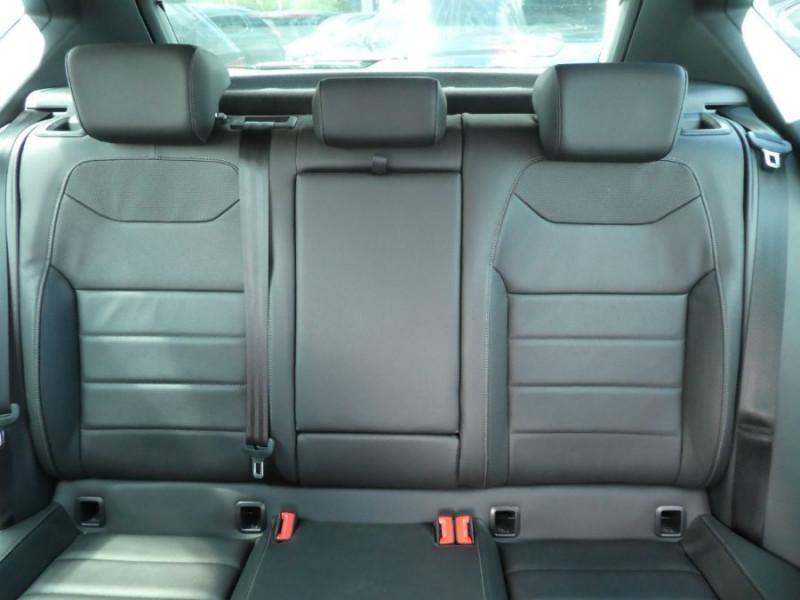 Photo 12 de l'offre de SEAT ATECA 2.0 TDI 150 BV6 4DRIVE XCELLENCE CUIR TOE JA19 à 26490€ chez Mérignac auto
