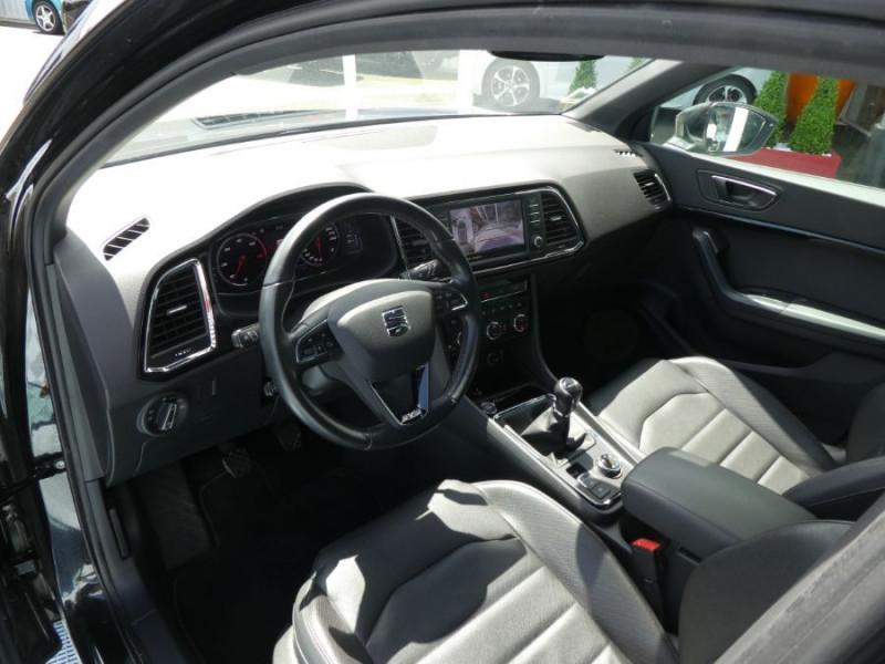Photo 9 de l'offre de SEAT ATECA 2.0 TDI 150 BV6 4DRIVE XCELLENCE CUIR TOE JA19 à 26490€ chez Mérignac auto