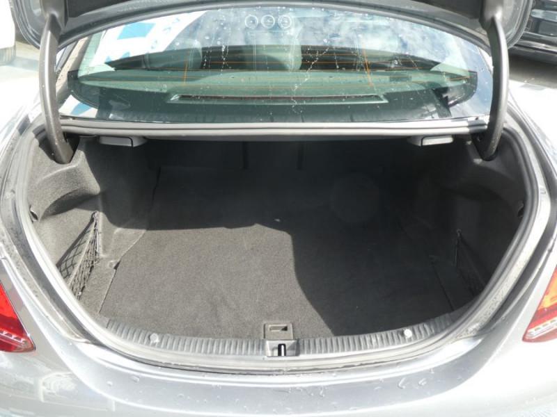 Photo 8 de l'offre de MERCEDES-BENZ CLASSE C IV 200 D 160 9G-Tronic AMG LINE JA18 LED Camera à 32950€ chez Mérignac auto