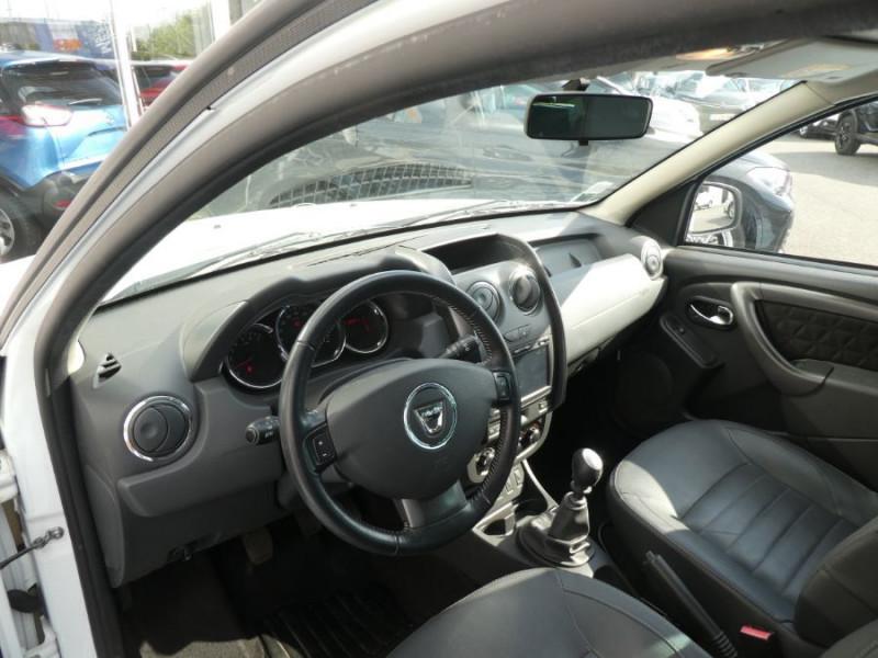 Photo 9 de l'offre de DACIA DUSTER 1.5 DCi 110 BV6 4X2 PRESTIGE CUIR GPS à 12250€ chez Mérignac auto