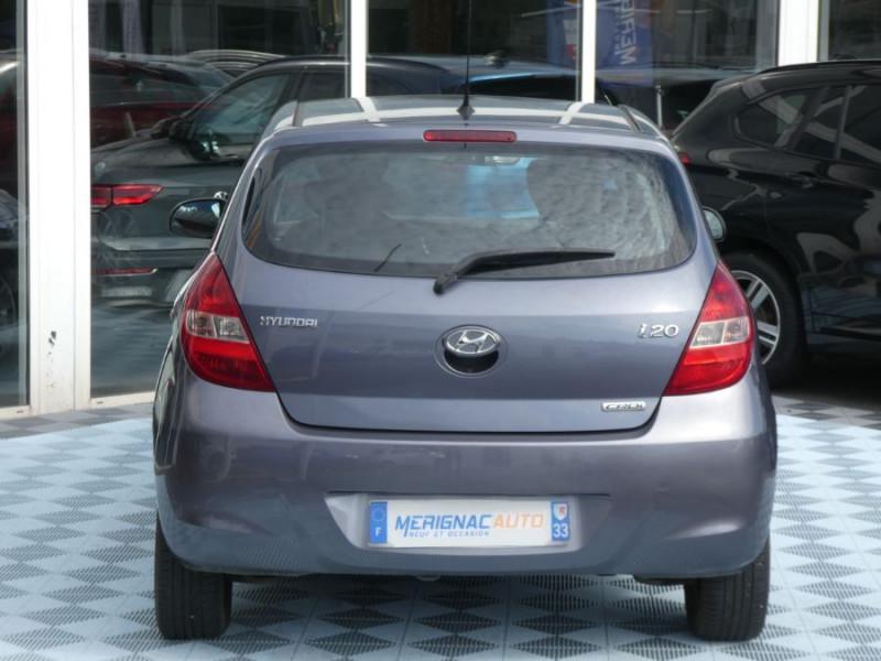 Photo 15 de l'offre de HYUNDAI I20 1.4 CRDI 90 PACK COLOR CONFORT 5P à 5490€ chez Mérignac auto