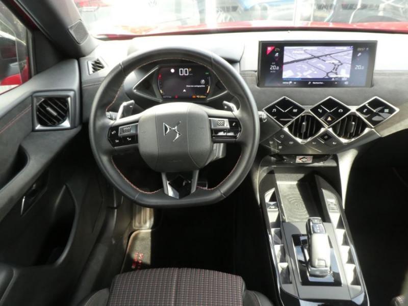 Photo 11 de l'offre de DS DS3 CROSSBACK BlueHDi 130 EAT8 PERFORMANCE LINE + Matrix 1ère Main à 26900€ chez Mérignac auto