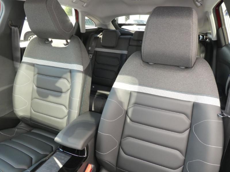 Photo 12 de l'offre de CITROEN C4 PureTech 130 EAT8 SHINE HIGHWAY Assist Induction TOIT Ouvrant à 27200€ chez Mérignac auto
