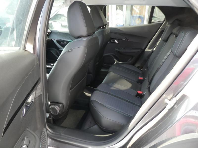 Photo 7 de l'offre de PEUGEOT 2008 II 1.2 PureTech 130 EAT8 ALLURE GPS Camera à 26970€ chez Mérignac auto