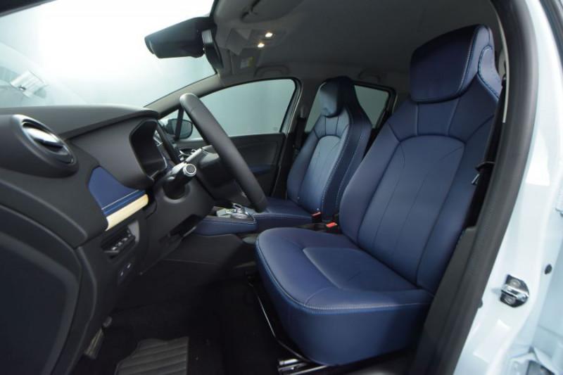 Photo 4 de l'offre de RENAULT ZOE R135 EXCEPTION CUIR GPS Bose Achat Intégral à 22950€ chez Mérignac auto