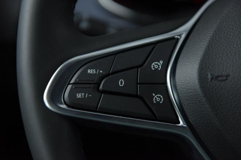 Photo 19 de l'offre de RENAULT ZOE R135 EXCEPTION CUIR GPS Bose Achat Intégral à 22950€ chez Mérignac auto