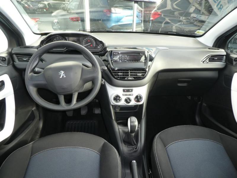 Photo 6 de l'offre de PEUGEOT 208 1.2 PureTech 68 LIKE CLIM Régulateur 1ère Main à 10480€ chez Mérignac auto