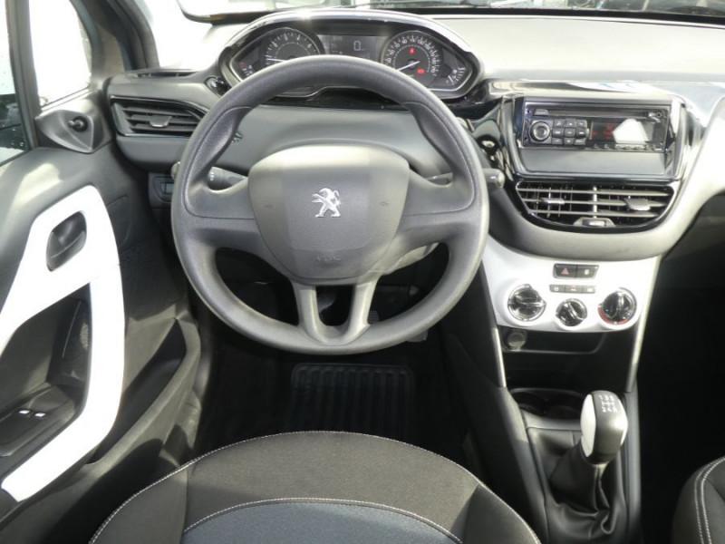 Photo 10 de l'offre de PEUGEOT 208 1.2 PureTech 68 LIKE CLIM Régulateur 1ère Main à 10480€ chez Mérignac auto