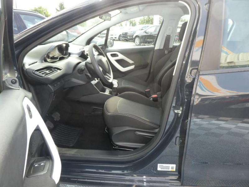 Photo 5 de l'offre de PEUGEOT 208 1.2 PureTech 68 LIKE CLIM Régulateur 1ère Main à 10480€ chez Mérignac auto