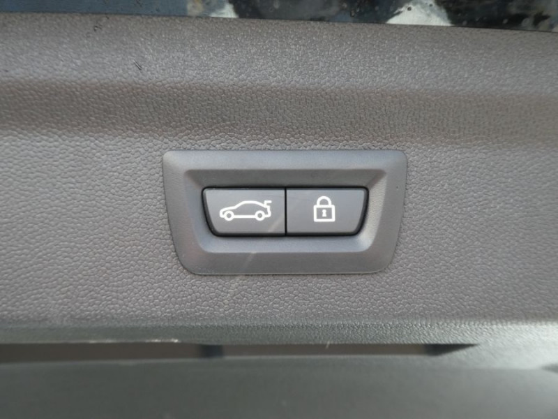 Photo 11 de l'offre de MINI COUNTRYMAN (F60) 1.5i 136 BVA7 COOPER GPS Camera Hayon elec. Gtie 01/23 à 28450€ chez Mérignac auto