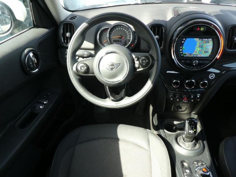 Photo 9 de l'offre de MINI COUNTRYMAN (F60) 1.5i 136 BVA7 COOPER GPS Camera Hayon elec. Gtie 01/23 à 28450€ chez Mérignac auto