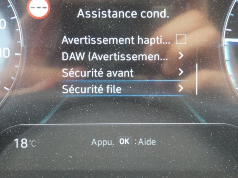 Photo 16 de l'offre de HYUNDAI TUCSON IV 1.6 CRDI 136 DCT-7 HYBRID 48V 2WD CREATIVE Export à 33690€ chez Mérignac auto