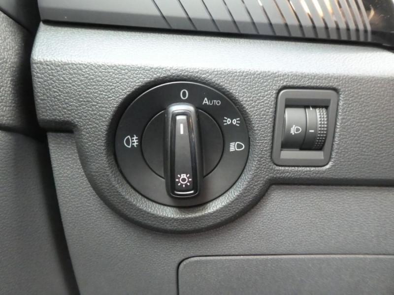 Photo 17 de l'offre de VOLKSWAGEN T-CROSS 1.0 TSI 110 DSG7 LOUNGE PACK BLACK Camera JA17 (8 Options) à 24980€ chez Mérignac auto