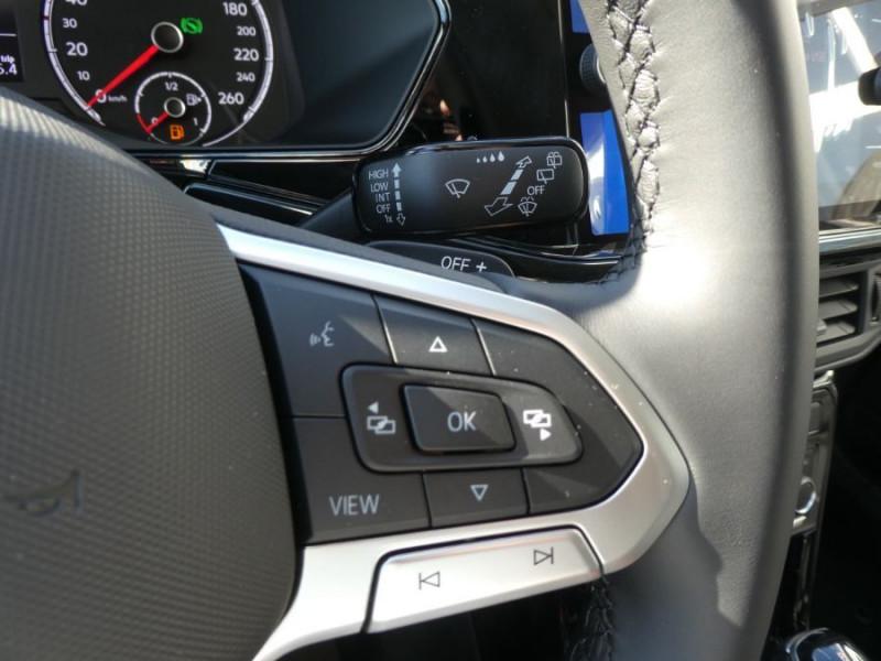 Photo 16 de l'offre de VOLKSWAGEN T-CROSS 1.0 TSI 110 DSG7 LOUNGE PACK BLACK Camera JA17 (8 Options) à 24980€ chez Mérignac auto