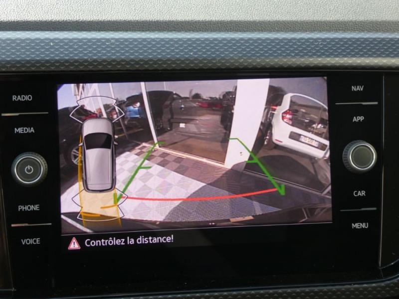 Photo 16 de l'offre de VOLKSWAGEN T-CROSS 1.0 TSI 110 DSG7 LOUNGE Camera Radars RER CLIM Auto JA16 Diam. à 23790€ chez Mérignac auto