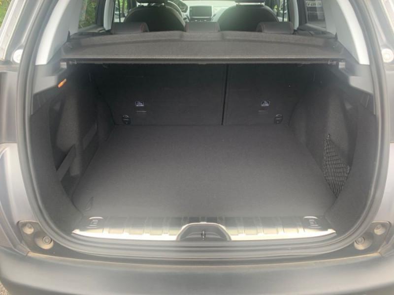 Photo 16 de l'offre de PEUGEOT 2008 II PureTech 130 BV6 GT LINE GPS Camera 1ère Main à 15980€ chez Mérignac auto