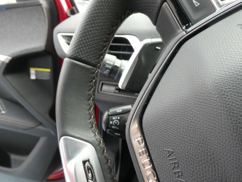 Photo 12 de l'offre de PEUGEOT 3008 BlueHDi 130 EAT8 GT LINE Pack City II à 30650€ chez Mérignac auto