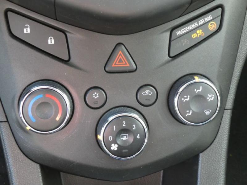 Photo 10 de l'offre de CHEVROLET AVEO 1.3 VCDI 75 LS+ CLIM 5P à 6750€ chez Mérignac auto
