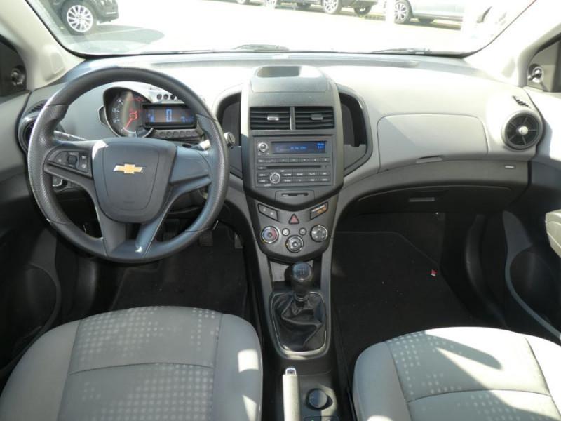 Photo 5 de l'offre de CHEVROLET AVEO 1.3 VCDI 75 LS+ CLIM 5P à 6750€ chez Mérignac auto